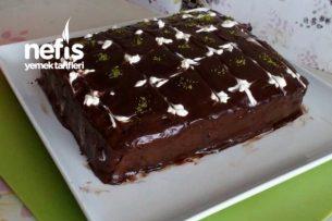 Kalıpsız Çikolatalı Dikdörtgen Pasta Tarifi