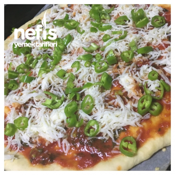 Aile Boyu Tepsi Pizzası (Süper Lezzet)