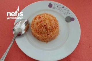 Domatesli Biberli Pirinç Pilavı Tarifi