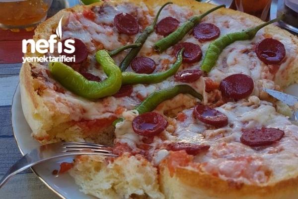 Bazlama İle Kolay Pizza Tarifi