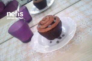 Çikolatalı Muffin (Sünger Gibi) Tarifi