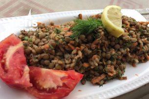 Mercimekli Pirinçli Doyurucu Salata Tarifi