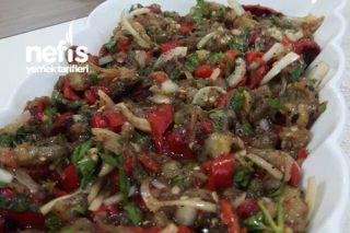 İsotlu Patlıcan Salatası Tarifi