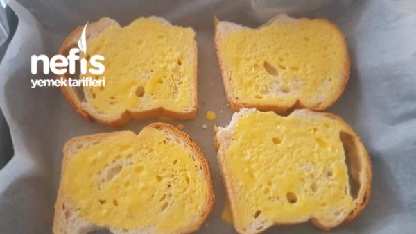 Kavurmalı Kaşarlı Yumurtalı Ekmek Dilimleri