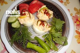 Labne Peynirli Kahvaltıllık Yumurta Sepeti Tarifi