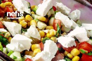 Çok Lezzetli Yaz Salatası Tarifi