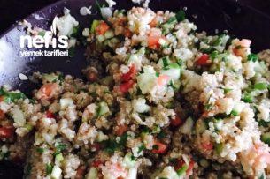 Nefis Kinoa Salatası Tarifi