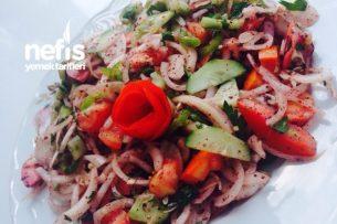 Salata (Kebap Ve Et Yemeklerine) Tarifi
