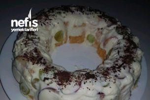 Ters Çevir Prenses Pasta (Pişirmeden Pratik) Tarifi