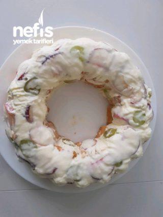 Ters-çevir Prenses Pasta (pişirmeden Pratik) Meyveli & Kremalı & Bisküvili