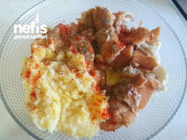 Patatesli Bayat Ekmek Köftesi