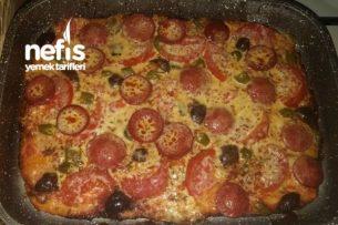 Silikonlu Tavada Pizza Tarifi