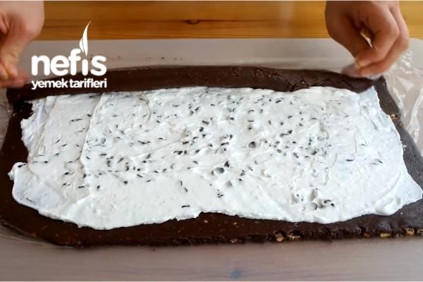 Bisküvili Rulo Pasta – Pişmeyen pratik pasta tarifi