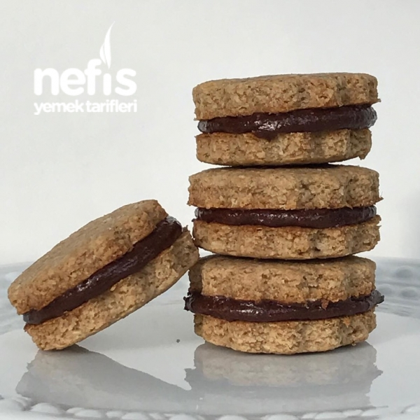 Çikolata Kremalı Yulaflı Bisküvi