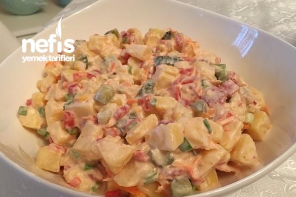Günler İçin Enfes Patates Salatası Tarifi