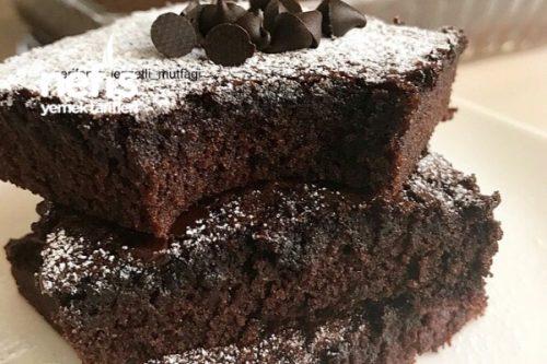 Toz Çikolata Sosu İle Brownie ( Şok İddia Bayılacaksınız ) Tarifi