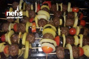 Çöp Şiş De Patlıcanlı Patetesli Köfte Tarifi