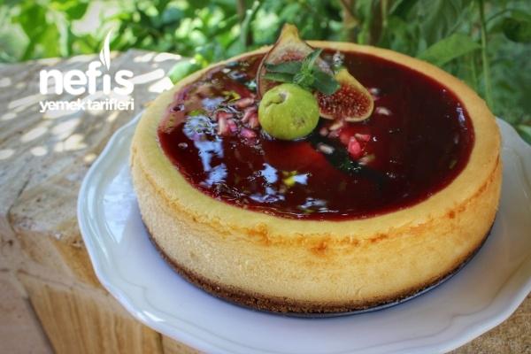 Kırmızı Meyveli Cheesecake Tarifi
