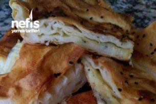 Yumuşacık Ispanaklı Ve Peynirli Börek Tarifi