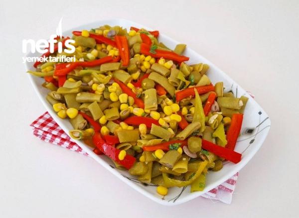 Rengarenk Yeşil Fasulye Salatası Videolu
