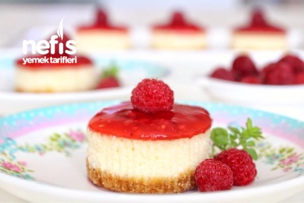 Böğürtlenli Mini Cheesecake Tarifi
