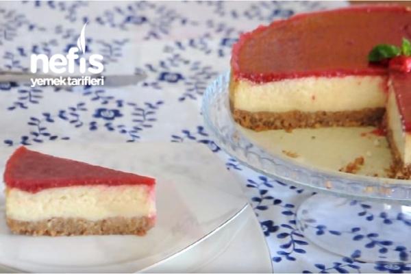 Frambuaz Soslu Cheesecake