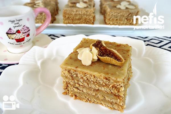 İncirli Bisküvili Pratik Pasta Tarifi