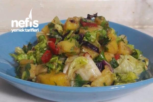Klasik Bol Yeşilli Patates Salatam Tarifi