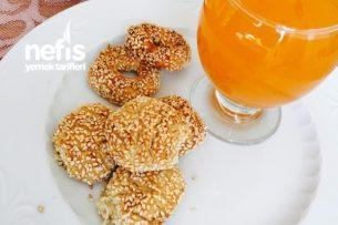 Şipşak Minik Simitler (Yumurtasız Kaşarlı) Tarifi