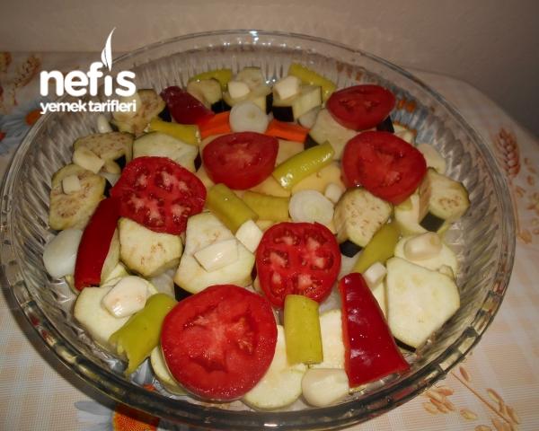 Fırında Patlıcanlı Kabaklı Tavuk Baget