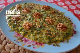 Ispanaklı Havuçlu Yoğurtlu Nefis Salata Tarifi