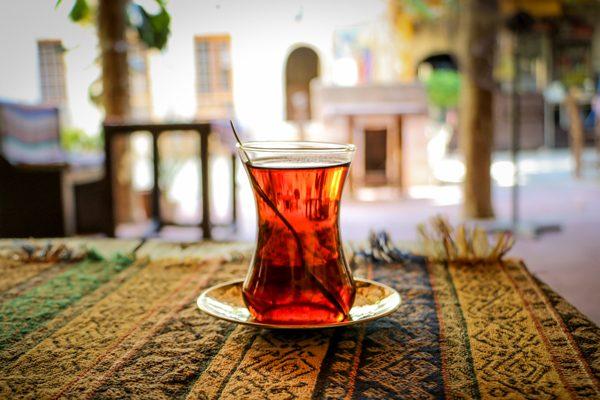 En Güzel Çay Nasıl Demlenir? Püf Noktaları, Lezzet Sırları Tarifi