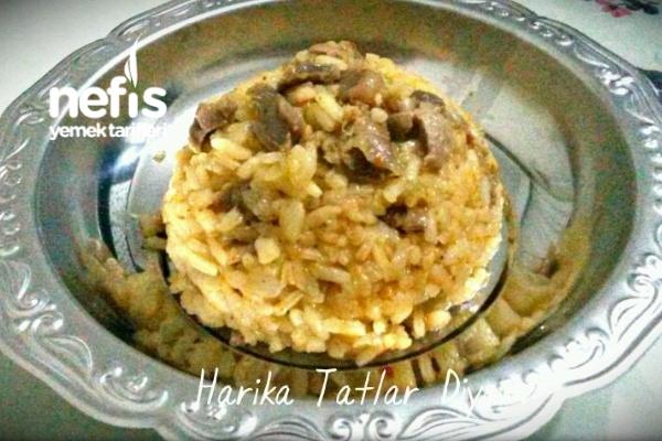 Tavuk Taşlıklı Pirinç Pilavı Tarifi