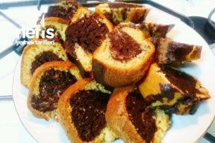 İki Renkli Sodalı Yumuşacık Kek Tarifi