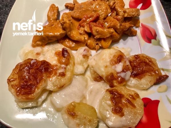 Fırında Kremalı Patates Yemeği