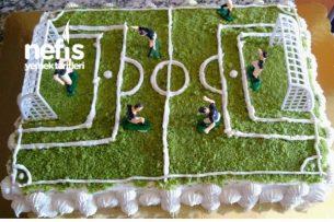 Yaş Pasta (Futbol Sahası) Tarifi