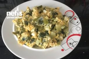 Yumurtalı Pırasa (Pırasa Sevmeyenler Bile Yiyecek) Tarifi