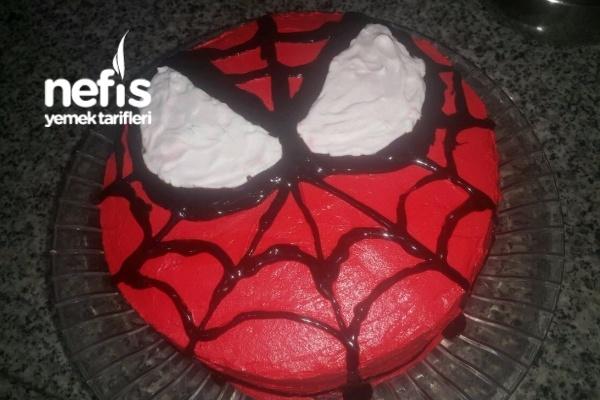 örümcek Adam Yaş Pasta Nefis Yemek Tarifleri