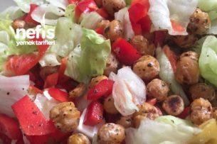 Kavrulmuş Nohutlu Salata Tarifi