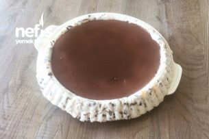 Meyveli Çikolatalı Parfe Tarifi