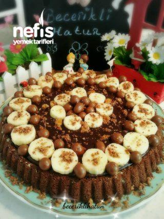 Muzlu Çikolata Kremalı Tart Kek