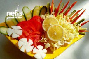Diyet Öğle Yemeği Salatası Tarifi