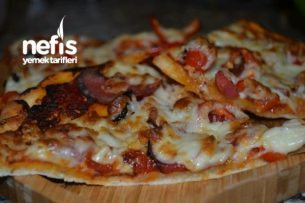Süper İnce Pizza Tarifi