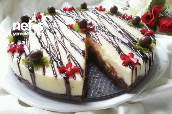 İki Renkli İrmik Pastası (10 Dakikada) Tarifi