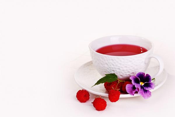 Hibiskus Çayı Faydaları Nelerdir? Zayıflatır Mı? Ne Zaman İçilmeli? Tarifi