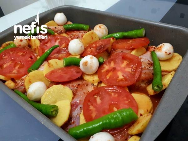 Nefiss Fırında Sebzeli Tavuk