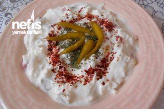 Turşulu Yoğurtlu Kara Turp Salatası Tarifi