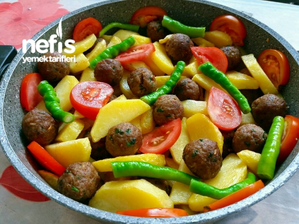 Misket Köfteli Patates Yemeği