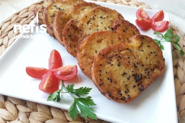 Börek Tadında Kahvaltılık Ekmek Dilimleri Tarifi