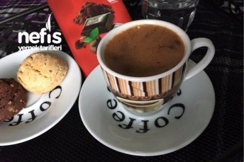 Türk Kahve Çikolatalı Maden Suyu İle Tarifi